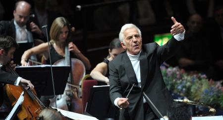 Conductor Vladimir Ashkenazy