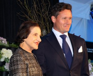 "Dame Marie Bashir presents Myles Baldwin ""Best in Showe"" Award"