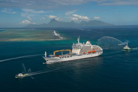 Aranui 5 arrives in Tahiti