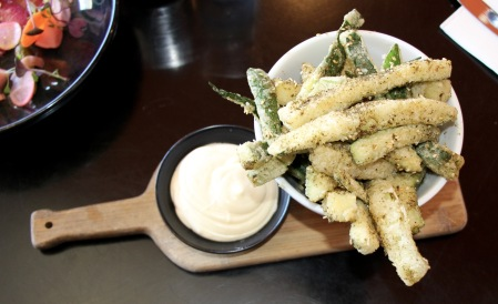 Zucchini Fries with Zatar and Aoili
